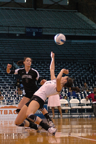 Volleyball Libero Facts Defensive Rules Responsibilities and History and more on Improve Your Volleyball.com