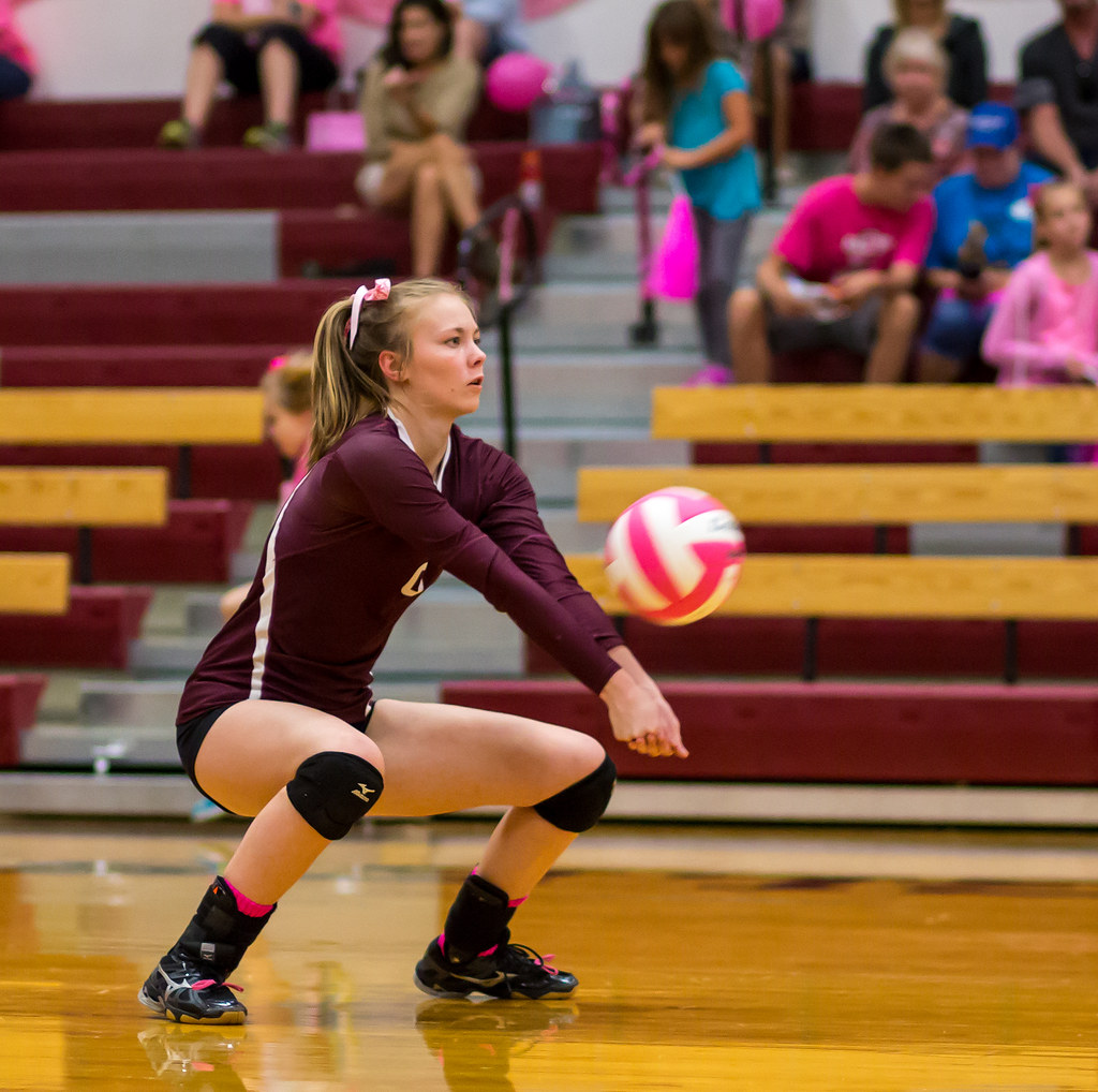 Use these volleyball tips as helpful hints and lessons on how to play better volleyball starting with passing, setting, spiking, digging, blocking and serving.  (Aversen)