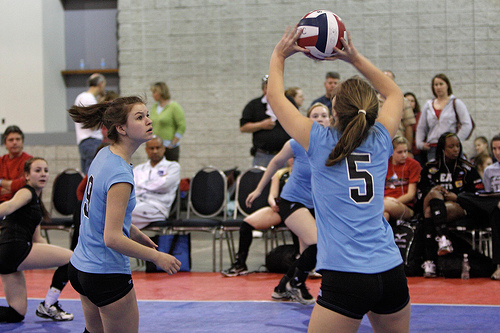 The hands for the  setter in volleyball  your palms of both hands open and facing upwards towards the sky so your hands form the shape of the ball