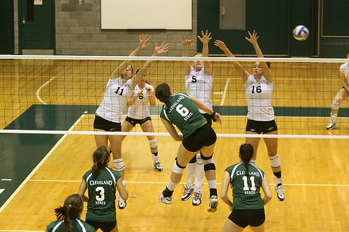 Blocking in volleyball: Utah State Players In A Triple Block