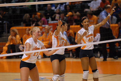 Before your team serves your front row players should be talking on the volleyball court. Before the serve Tennessee blockers call out the hitters on the opposing team. (TennesseeJournalist)