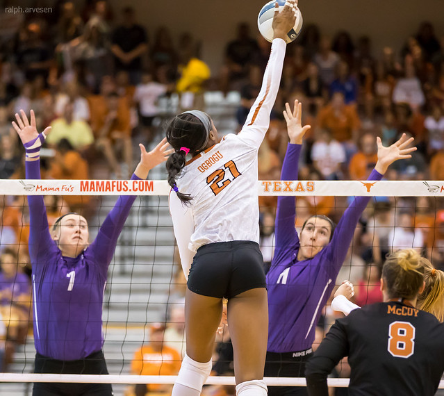 Are you the attacker? Decide the necessary timing and take-off point for your attack hit. Are you taking a three-step, four-step or even a two-step approach? (Ralph Aversen) Chiaka Ogbogu hits.