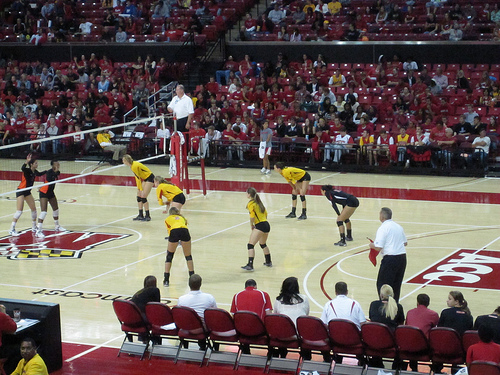 Fundamental Rules In Volleyball Defense:Maryland Terrapins On Offense In Serve Receive  Photo by TC Fernstermaker
