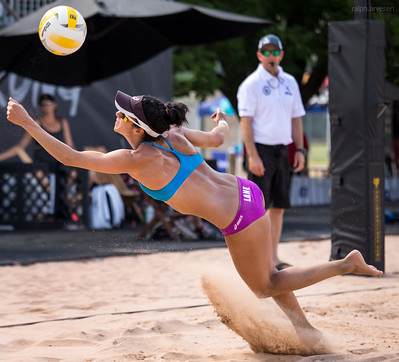 Beach Volleyball Play: The beach pictures that appear on this site appear with the express written permission of the photographers who took the pictures. (Aversen)