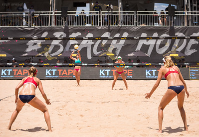 The Beach Volleyball Forearm Pass: Before the ref blows the whistle partners need to determine who's taking the balls that are served to the middle of their court. Here's how. (R. Aversen)