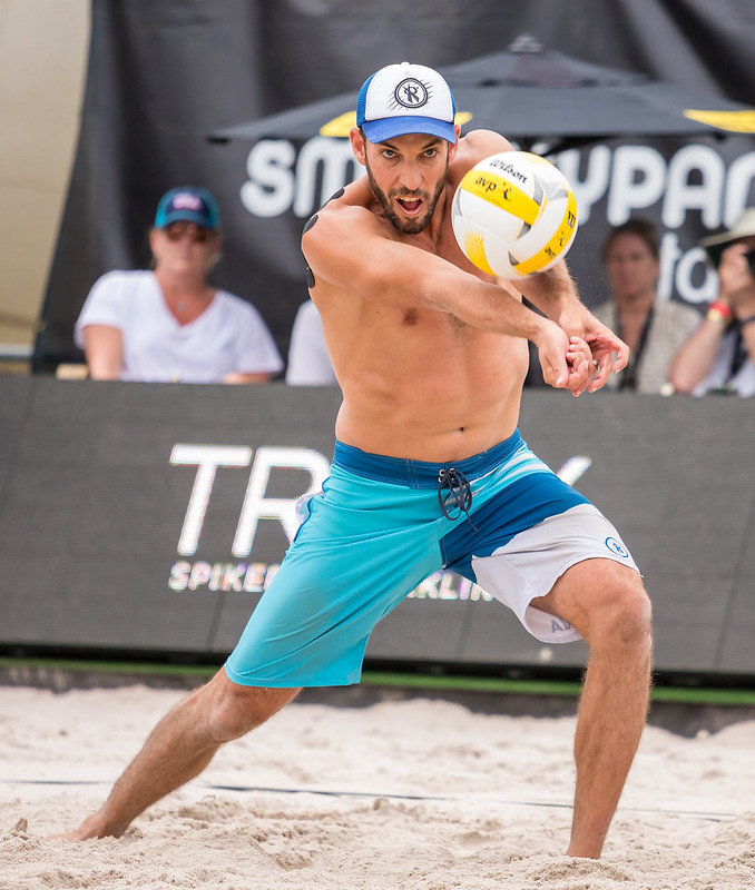 Beach Volleyball Passing Tips: First run to get to the ball and then fight to get your feet in a balanced position underneath you so that you can have your body behind the ball. (Aversen)