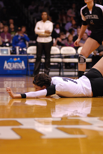 In advanced volleyball ball dig defense training my coaches and I spend many hours on digging practice drills teaching the sprawl, the extension the barrel roll.
