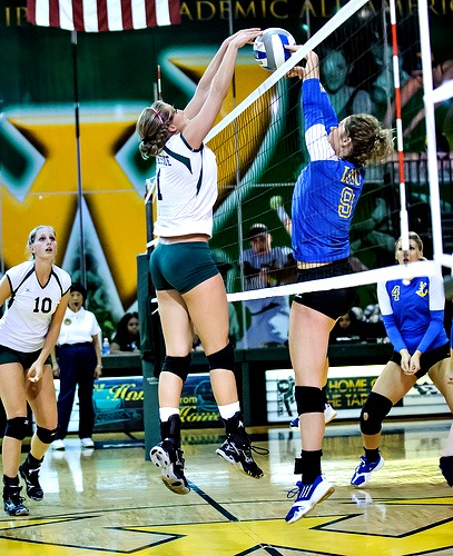 Volleyball rules and regulations for the spiking at the net