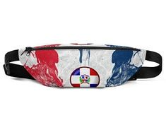 Cool fanny packs for men and women inspired by the flag of Dominican Republic Available on ETSY in my Volleybragswag shop. Get yours today!