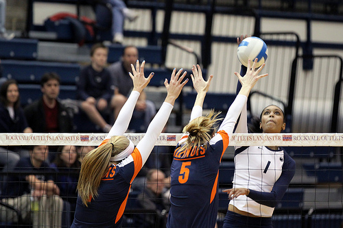 Basic skills in volleyball blocking: Illinois Players Double Block Penn State Hitter  (Photo Richard Yuan)