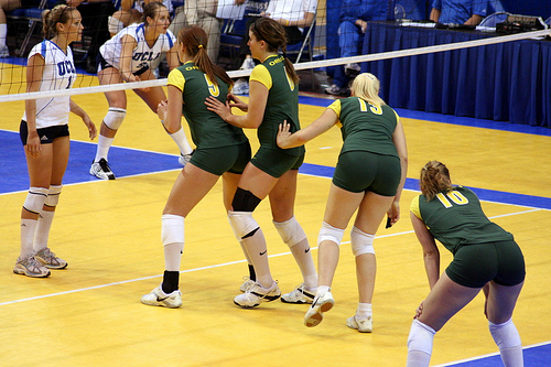 Oregon Blockers On Defense Waiting For The Serve Photo by JMR Photography