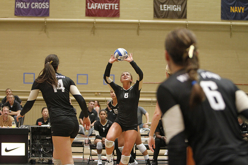 Setters volleyball: High Point University setter in action