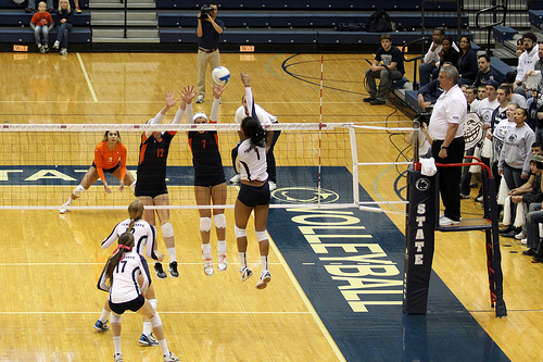 Penn State Right Side Hitter vs Illinois Illini Double Block Photo by Richard Yuan