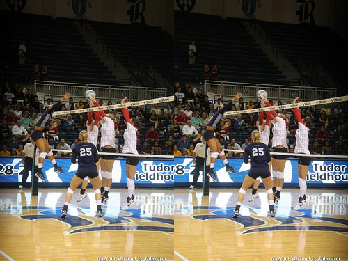 Blocker Volleyball Footwork: The shuffle step blocking footwork is the step work I prefer to use the most for middle blockers and outside hitters working to improve defensive skills in volleyball.