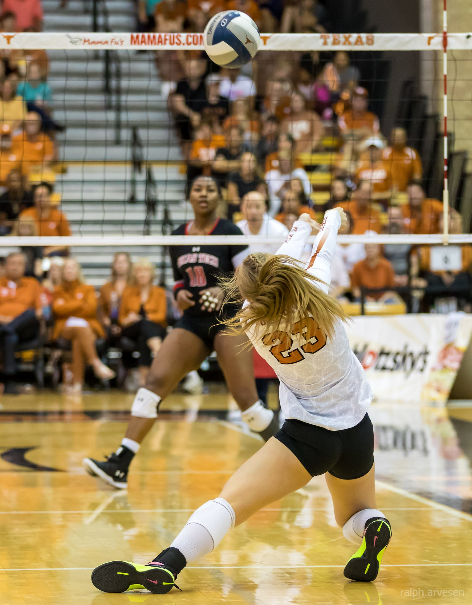 The dig is the second and last line of defense for a team to try and keep an opposing team's attack hits from scoring points by keep the ball off the floor. (Ralph Aversen)