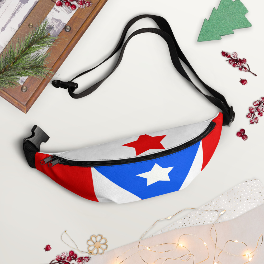 These 10 fanny packs are trending! Cool colorful funky fanny packs are in! Back to school outfits with fanny pack accessories are a big deal this season. Check out these popular designs on Etsy!