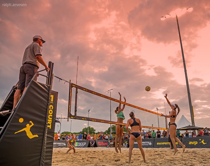 Beach Volleyball Rules: A side change will occur every seven (7) points in the first two sets and every five (5) points in the third set. (Ralph Aversen)
