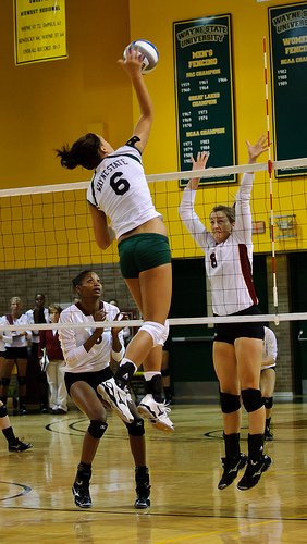 Volleyball Set Definition: A five set is a high ball shaped like the letter A with an arc that reaches a peak 8-10 ft that is a back set attacked from Zone 2 for the right front hitter.