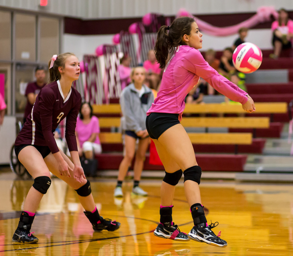 Passing Drills Volleyball Players do that force you to practice thinking faster and making faster decisions, while controlling the ball to your intended target. (Aversen)